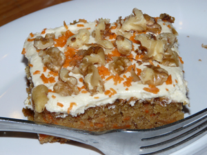 Carrot Cake - Free of dairy, cholesterol and refined sugar - Full of deliciousness!